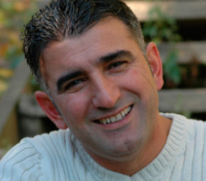 مكتبةالاغاني الكرديه (2010/2011 23075alsh3er.jpg
